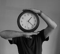 A lineáris idő és a megosztások szerepe