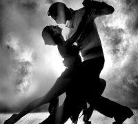 Fény-árnyék tánc